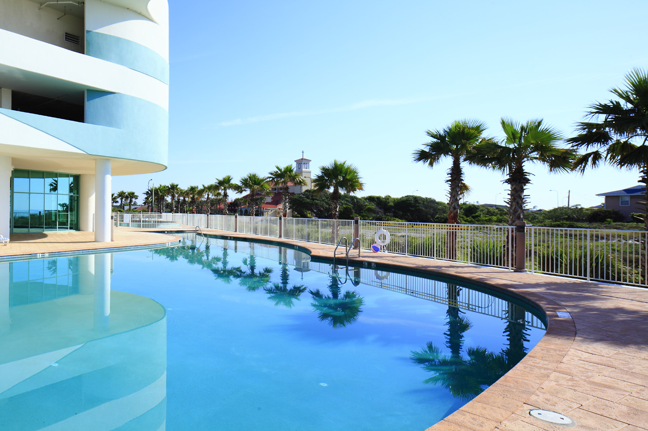 TP_PhotoGallery_OutdoorPools_0002