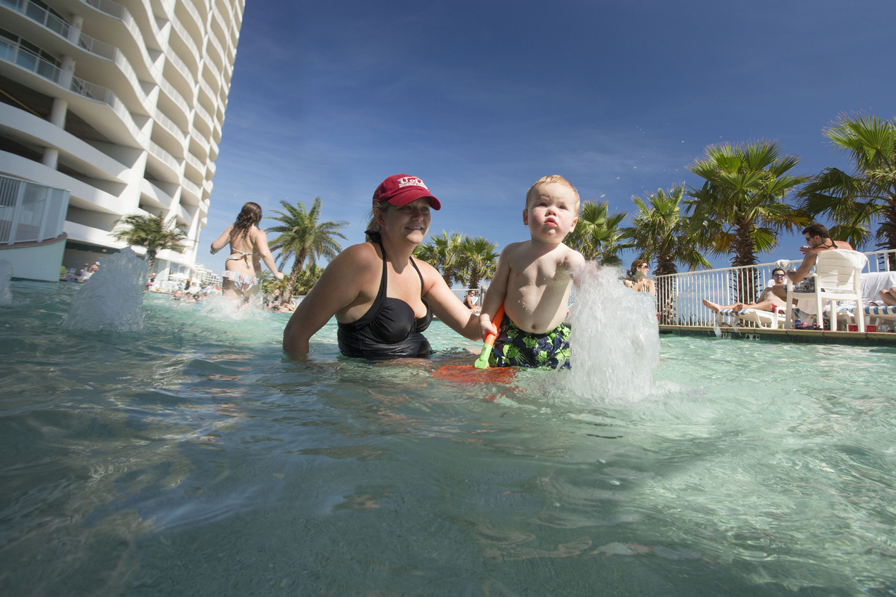 outdoor kiddie pool at turquoise place resort
