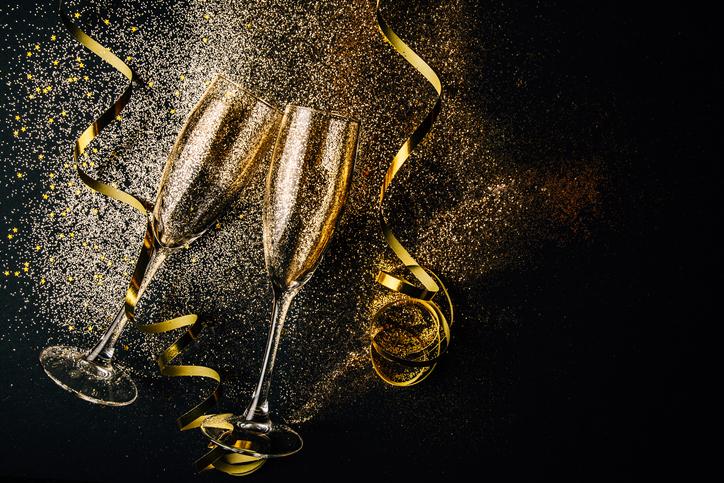 new years in orange beach champagne flutes