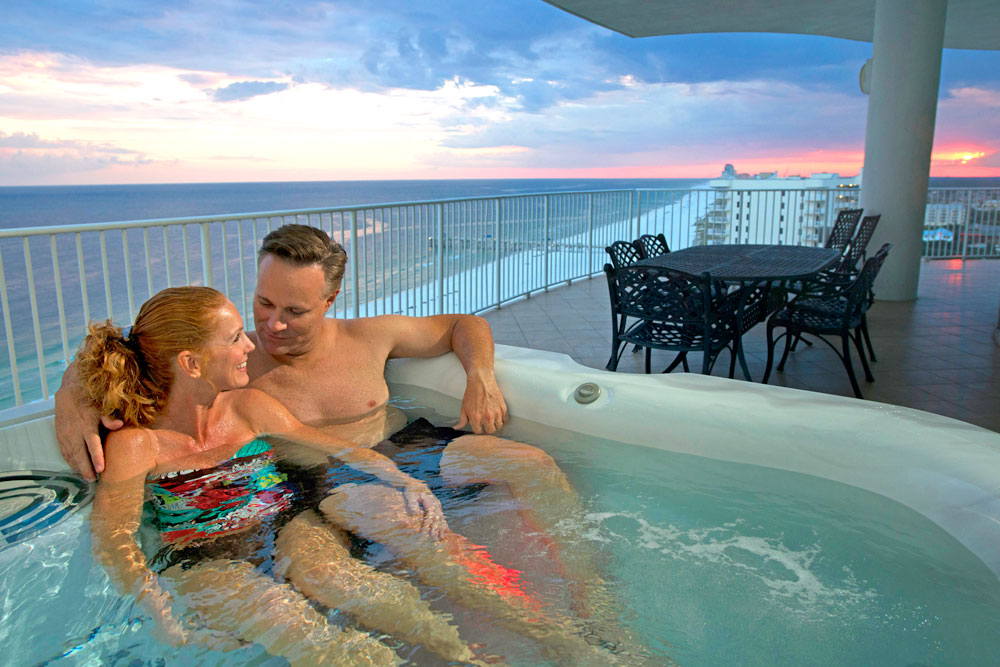 Turquoise Place Balcony Hot Tub