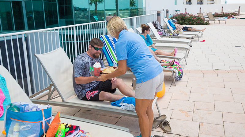 Lazy River Drink Service - Turquoise Place Resort Orange Beach Alabama